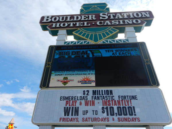Sign Boulder Station Hotel Casino