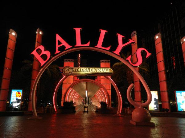 Bally's Hotel in Las Vegas; ingang naar het monorail station!