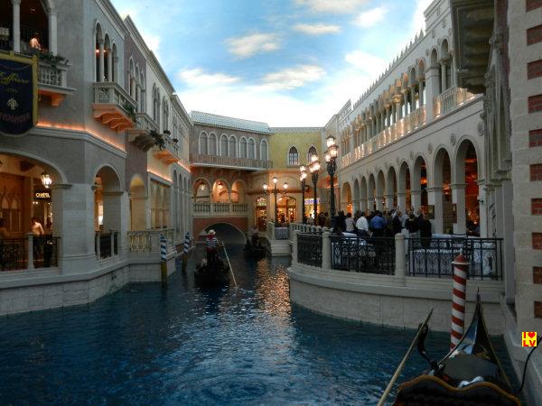 Wat romantisch, een tochtje met een gondel! O solo Las Vegas