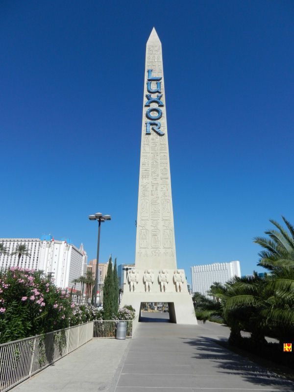 Foto Obelisk Luxor Hotel en Casino