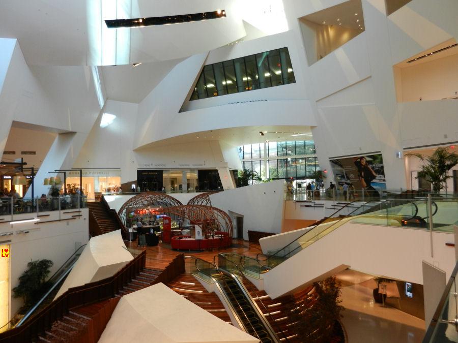 """Crystals; het luxe en architectonische winkelcentrum van het CityCenter!"""""""