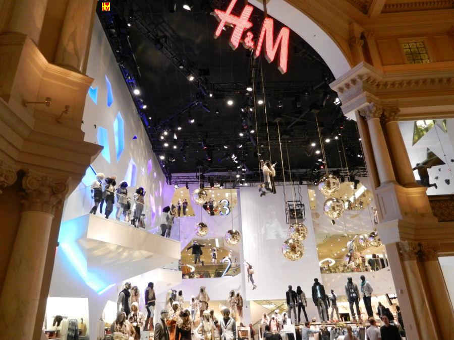 Ook in The Forum Shops in Las Vegas heb je een H&M winkel!