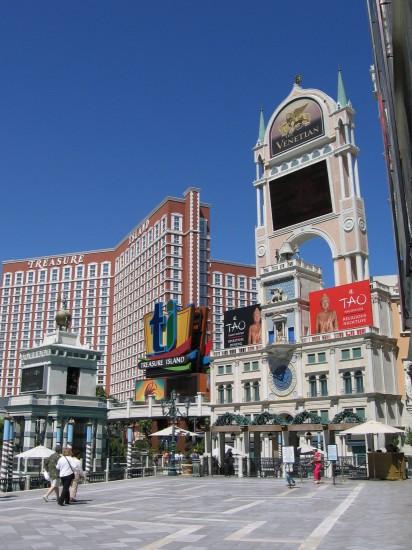 Sign Venetian Hotel in Las Vegas