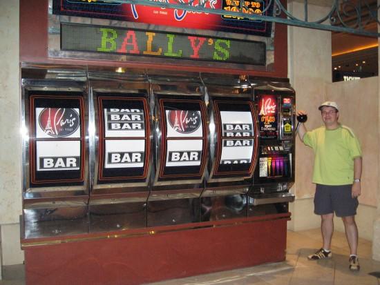 Grote gokkast in Bally's, trekken maar :-)