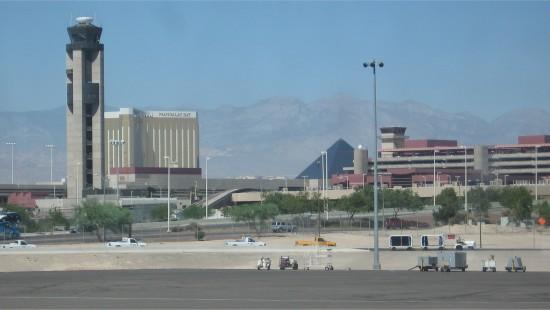 Verkeerstoren vliegveld McCarran in Las Vegas