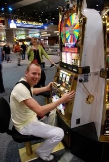 Een gokje wagen op het vliegveld in Las Vegas!