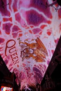 Fremont Street Experience met Queen: We Will Rock You!